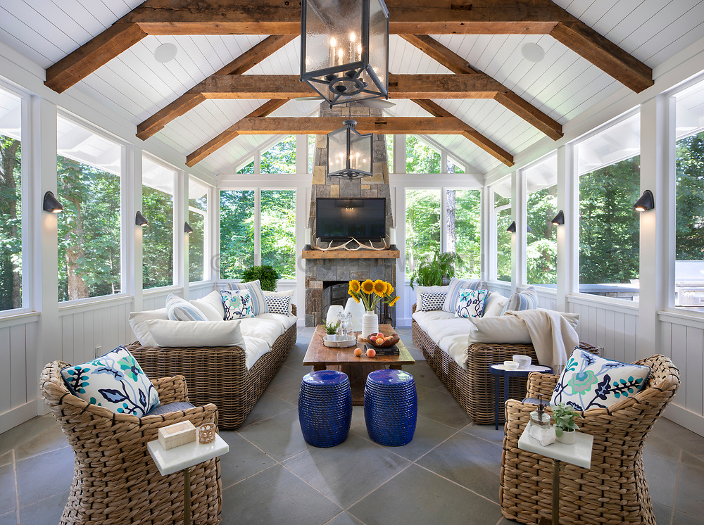 9124 Aldershot screened in porch and outdoor Hitchen dining VA2_229_899