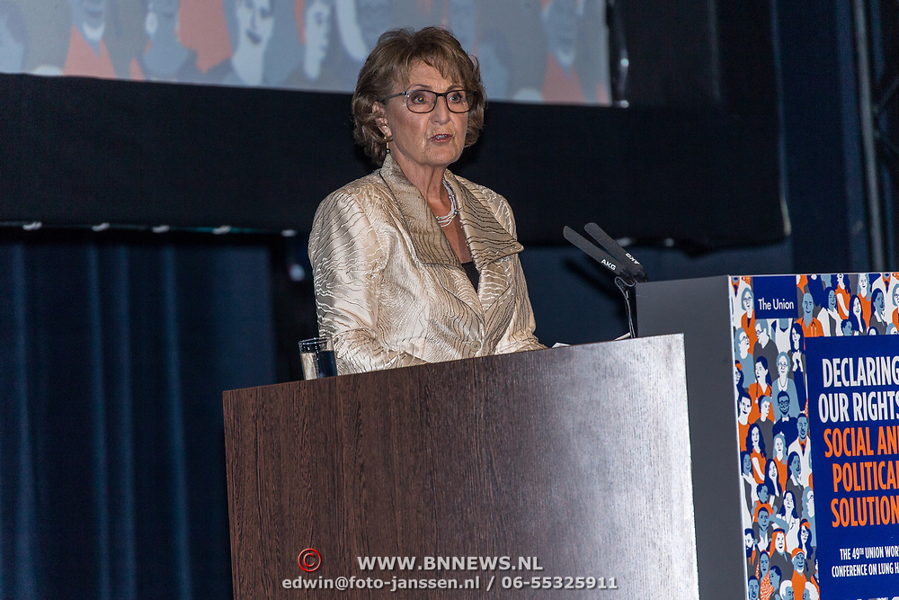 NLD/Den Haag/20181024 - Prinses Akishino en prinses Margriet openen 49th Union World Conference on Lung Health, Prinses Margriet
