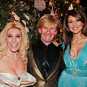 NLD/Amsterdam/20101209 - VIP avond Miljonairfair 2010, Judith Osborn, Tamara Elbaz met Addy van den Krommenacker