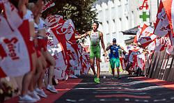 28.08.2016, Zell am See Kaprun, AUT, IRONMAN 70.3 Salzburg, im Bild Sieger Marino Vanhoenacker (BEL) // Winner Marino Vanhoenacker (BEL) during IRONMAN 70.3, Salzburg at Zell am See- Kaprun, Austria on 2016/08/28. EXPA Pictures © 2016, PhotoCredit: EXPA/ JFK