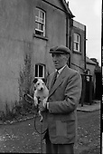 1962 - Harry Walker, Kennelman, Westmeath Hounds, Mullingar .   C17.