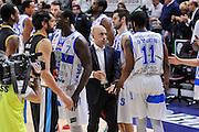 DESCRIZIONE : Campionato 2014/15 Serie A Beko Dinamo Banco di Sardegna Sassari - Upea Capo D'Orlando<br /> GIOCATORE : Stefano Sardara Jerome Dyson<br /> CATEGORIA : Fair Play<br /> SQUADRA : Dinamo Banco di Sardegna Sassari<br /> EVENTO : LegaBasket Serie A Beko 2014/2015<br /> GARA : Dinamo Banco di Sardegna Sassari - Upea Capo D'Orlando<br /> DATA : 22/03/2015<br /> SPORT : Pallacanestro <br /> AUTORE : Agenzia Ciamillo-Castoria/L.Canu<br /> Galleria : LegaBasket Serie A Beko 2014/2015