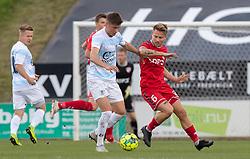 Frederik Juul Christensen (FC Helsingør) og Mathias Gertsen (FC Fredericia) under kampen i 1. Division mellem FC Fredericia og FC Helsingør den 4. oktober 2020 på Monjasa Park i Fredericia (Foto: Claus Birch).