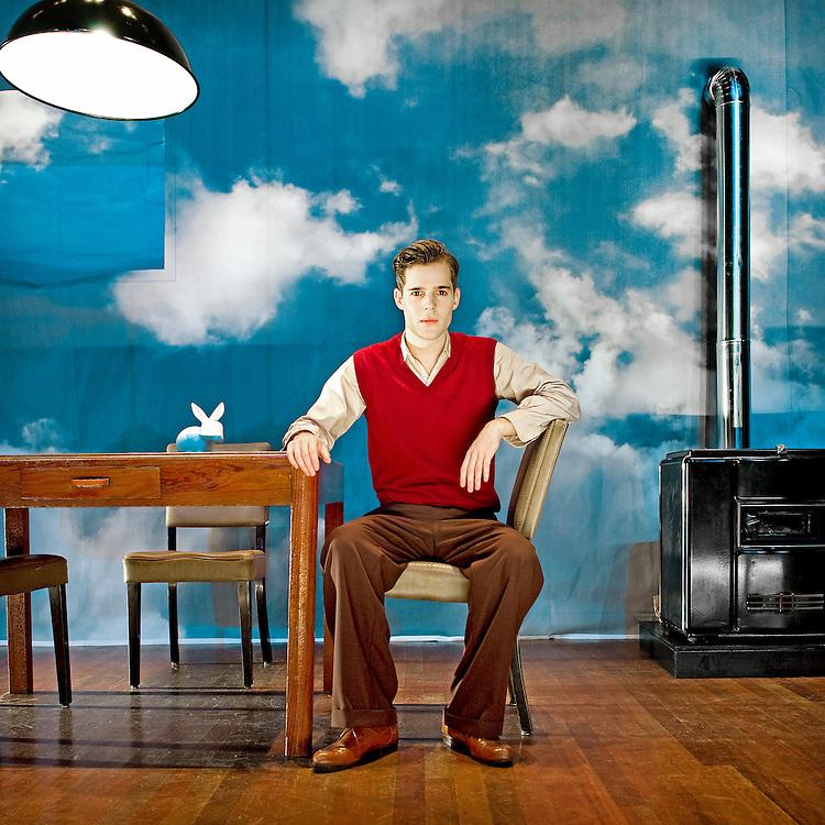 Nederland, Beverwijk, 06-10-2010.<br /> Thomas Cammaert die Frits Egters speelt in De Avonden.<br /> Foto : Klaas Jan van der Weij