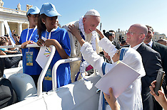 Vatican: Pope Francis Meets With Workers Of Mercy At Jubilee For Volunteers, 2 September 2016