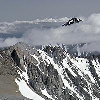13,652' Mount Tom atop Sierra crest north of Basin Mountain (fgnd).