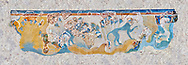 Minoan wall art depicting 'Blue Monkeys' from Knossos Palace, 1700-1450 BC. Heraklion Archaeological Museum. .<br /> <br /> If you prefer to buy from our ALAMY PHOTO LIBRARY  Collection visit : https://www.alamy.com/portfolio/paul-williams-funkystock/minoan-art-artefacts.html . Type -   Heraklion   - into the LOWER SEARCH WITHIN GALLERY box. Refine search by adding background colour, place, museum etc<br /> <br /> Visit our MINOAN ART PHOTO COLLECTIONS for more photos to download  as wall art prints https://funkystock.photoshelter.com/gallery-collection/Ancient-Minoans-Art-Artefacts-Antiquities-Historic-Places-Pictures-Images-of/C0000ricT2SU_M9w