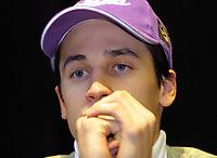 Hopp: 28.12.2001 Oberstdorf, Deutschland,<br />Martin Schmitt am Freitag (28.12.2001) bei Pressekonferenz zum Start der Vierschanzentournee am morgigen Samstag in Oberstdorf. <br /><br />FOTO: JAN PITMAN, DIGITALSPORT