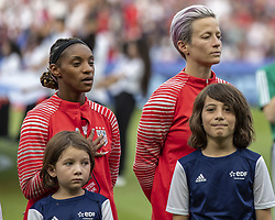 June 28, 2019 - Paris, França - PARIS, IF - 28.06.2019: FRANCE VS USA - Megan Rapinoe of the United States does not sing national anthem before a match between France and the United States. World Cup Qualification Football. FIFA. Held at the Parc des Princes Stadium in Paris, France  (Credit Image: © Richard Callis/Fotoarena via ZUMA Press)