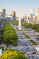 AVENIDA 9 DE JULIO Y OBELISCO, CIUDAD DE BUENOS AIRES, ARGENTINA (PHOTO © MARCO GUOLI - ALL RIGHTS RESERVED)
