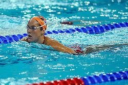 06-08-2008 ZWEMMEN: TRAINING ZWEMPLOEG: BEIJING<br /> Training in het prachtige National Aquatics Center / Marleen Veldhuis<br /> ©2008-WWW.FOTOHOOGENDOORN.NL