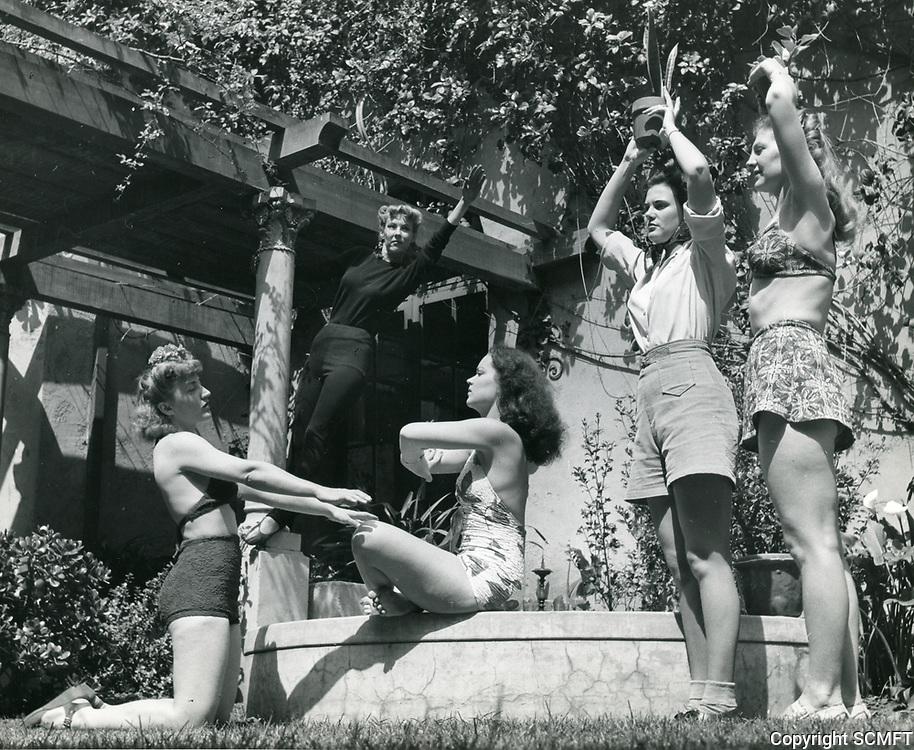 1935 Marjorie Williams (right) greets Gail Patrick at the Hollywood Studio Club on Lodi Pl.
