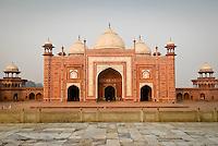 The Mosque or Masjid at the Taj Mahal in Agra, Uttar Pradesh, India