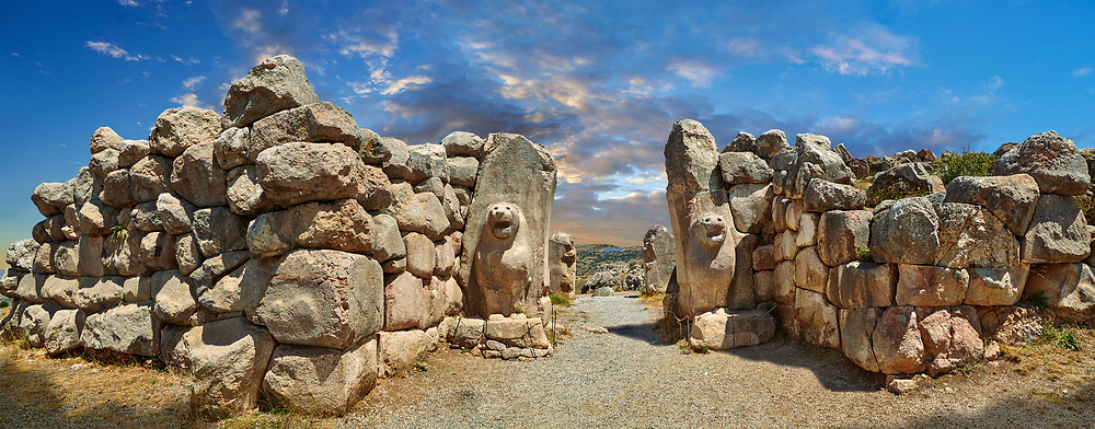 Picture & image of the Hittite lion sculpture of the Lion Gate. Hattusa (also Ḫattuša or Hattusas) late Anatolian Bronze Age capital of the Hittite Empire. Hittite archaeological site and ruins, Boğazkale, Turkey. .<br /> <br /> If you prefer to buy from our ALAMY PHOTO LIBRARY  Collection visit : https://www.alamy.com/portfolio/paul-williams-funkystock/hattusa-hittite-site-turkey.html<br /> <br /> Visit our HITTITE PHOTO COLLECTIONS for more photos to download or buy as wall art prints https://funkystock.photoshelter.com/gallery-collection/The-Hittites-Art-Artefacts-Antiquities-Historic-Sites-Pictures-Images-of/C0000NUBSMhSc3Oo