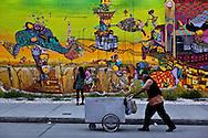 New York, Mural painting in Houston street in Soho Manhattan./ peinture murale sur Houston street Soho Manhattan.   New York; - Etats-unis