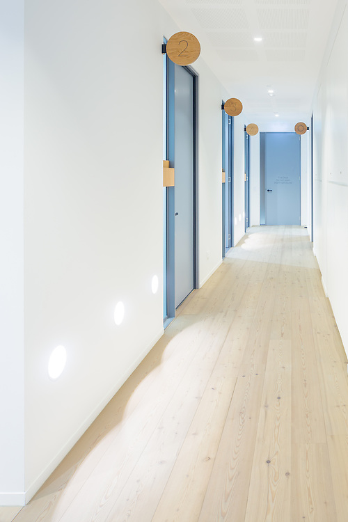allergy medical, double bay, sydney.  interior design by hassell studio and constructed by FDC Construction & Fitout