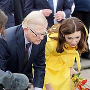 NLD/Makkum/20080430 - Koninginnedag 2008 Makkum, Pieter van Vollenhoven en Aimee Söhngen