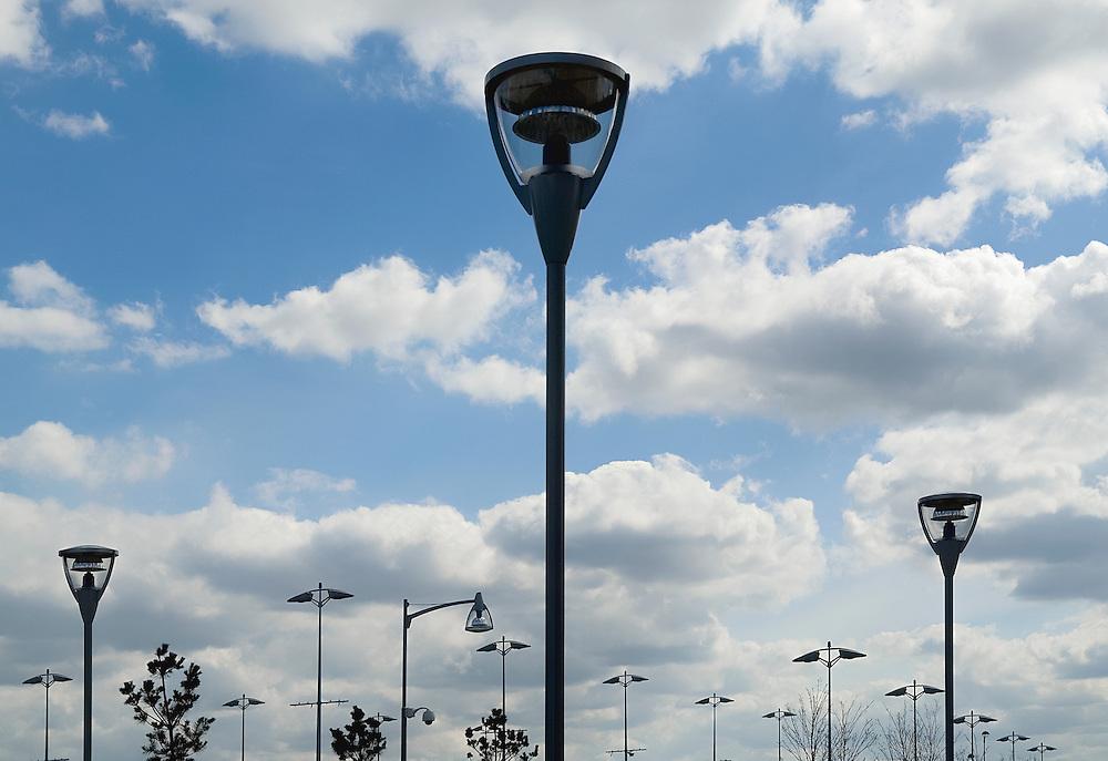 Eclairage du Centre Commercial International de Val d'Europe de Marne-la-Vallée, Seine-et-Marne, Paris-Ile-de-France, France.<br /> Lighting of the Val d'Europe' International Shopping Center of the town of Marne-La-Vallée, Paris-Ile-de-France region, France.