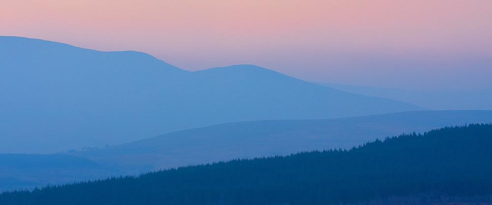 Misty Sunrise over Kerry Highlands, County Kerry, Ireland / ba064