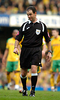 Photo: Leigh Quinnell.<br /> Chelsea v Norwich City. The FA Cup. 17/02/2007.<br /> Referee Rob Styles.
