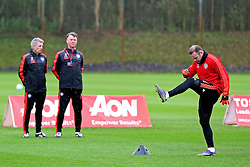 Manchester United Manager, Louis van Gaal watches Wayne Rooney of Manchester United warm up - Mandatory byline: Matt McNulty/JMP - 07966386802 - 24/11/2015 - FOOTBALL - Aon Training Complex -Manchester,England - UEFA Champions League