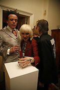 Sebastian Horsley, Pam Hogg and Michael Wojas, Polymorphous Perverse. Tim Noble and Sue Webster curated by James Putnam. the freud Museum. Maresfield Gdns. London. 7 November 2006. ONE TIME USE ONLY - DO NOT ARCHIVE  © Copyright Photograph by Dafydd Jones 66 Stockwell Park Rd. London SW9 0DA Tel 020 7733 0108 www.dafjones.com