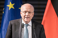 09 NOV 2018, BERLIN/GERMANY:<br /> Prof. Dr. Koen Lenaerts, Praesident des Europaeischen Gerichtshofs, haelt die Europa-Rede, eine jaehrlich wiederkehrende Stellungnahme der hoechsten Repraesentanten der Europaeischen Union zur Idee und zur Lage Europas, organisiert von der Konrad-Adenauer-Stiftung, der Stiftung Zukunft Berlin, der Schwarzkopf Stiftung Junges Europa sowie der Stiftung Mercator, Allianz Forum<br /> IMAGE: 20181109-01-085