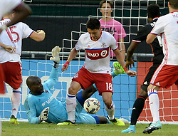 August 5, 2017 - Washington, DC, USA - 20170805 - D.C. United goalkeeper BILL HAMID (28) makes a point blank save against Toronto FC midfielder MARKY DELGADO (18) in the first half at RFK Stadium in Washington. (Credit Image: © Chuck Myers via ZUMA Wire)