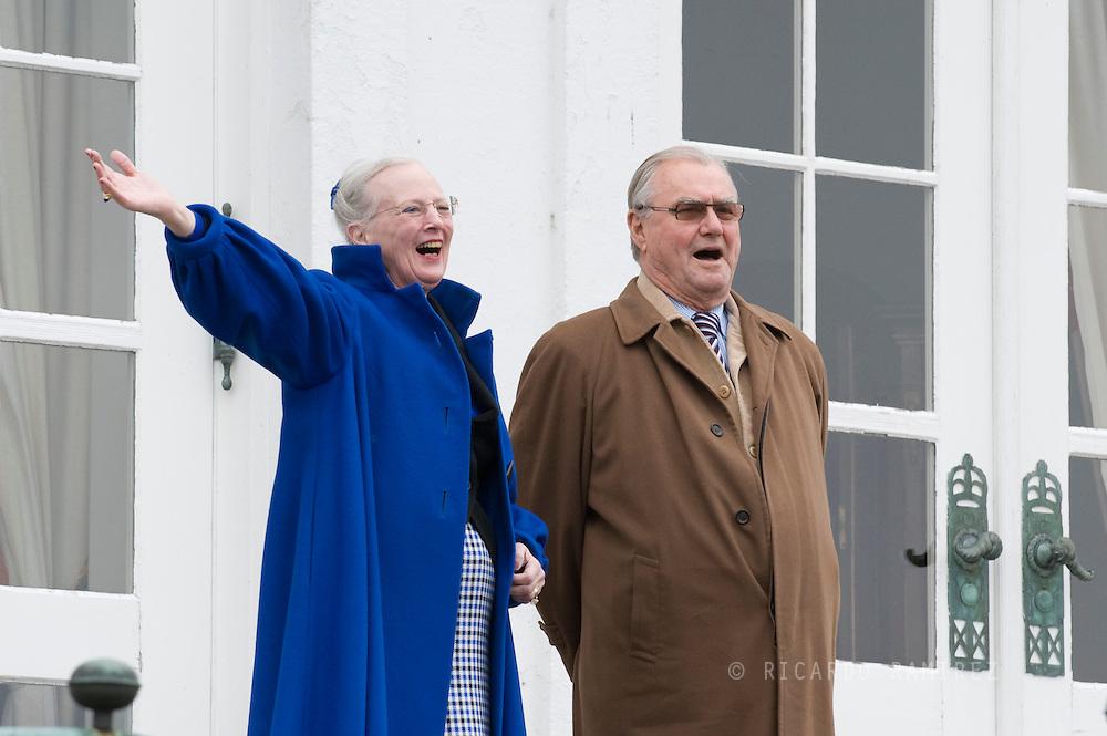 16.04.11. Aarhus, Denmark.Queen Margrethe II celebrates her 71 birthday. Queen Margrethe II and Prince Henrik wave on the balcony of Marselisborg Slot i Aarhus. Photo: © Ricardo Ramirez