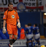 Photo: Ashley Pickering.<br />Ipswich Town v Leeds United. Coca Cola Championship. 16/12/2006.<br />Leed's goalie Graham Stack looks dejected after Ipswich score their opening goal