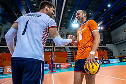 Tsimafei Zhukouski of Croatia, Wouter Ter Maat of Netherlands before the CEV Eurovolley 2021 Qualifiers between Croatia and Netherlands at Topsporthall Omnisport on May 16, 2021 in Apeldoorn, Netherlands