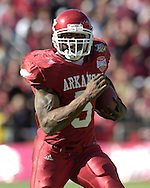 January 1, 2008 - Dallas, TX...Running back Darren McFadden #5 of the Arkansas Razorbacks rushes up field against the Missouri Tigers in the third quarter, during the 72nd AT&T Cotton Bowl Classic at the Cotton Bowl in Dallas, Texas on January 1, 2008...The Tigers defeated the Razorbacks 38-7.  .Peter G. Aiken/CSM.