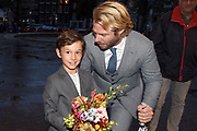 Koning Willem-Alexander en koningin Maxima zijn aanwezig bij de  premierevoorstelling Ode aan de Meester, een eerbetoon aan choreograaf. <br /> <br /> King Willem-Alexander and Queen Maxima are present at the premiere performance Ode aan de Meester, a tribute to choreographer.<br /> <br /> Op de foto / On the photo:  Hugo Gremillet en Thijs Romer