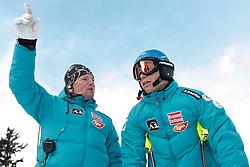 17.12.2010, Saslong, Groeden, ITA, FIS World Cup Ski Alpin, Men, SuperG, im Bild OeSV Rennsportleiter Mathias Berthold und Benjamin Raich (AUT,#9). EXPA Pictures © 2010, PhotoCredit: EXPA/ J. Groder