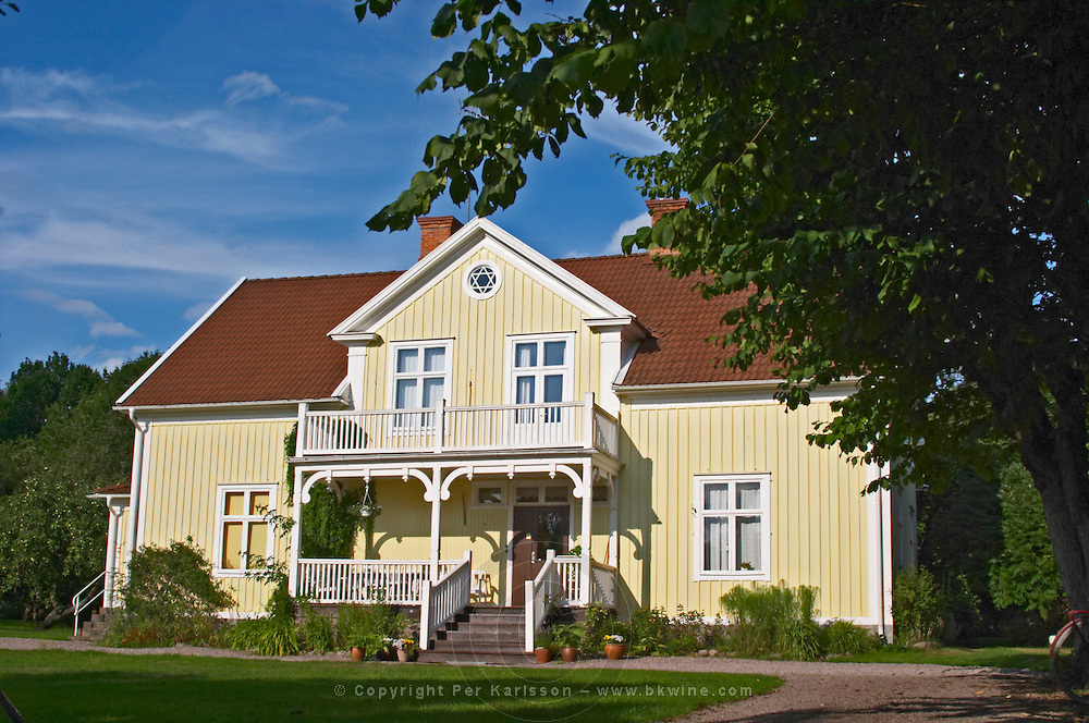 The 'Nya Mangardsbyggnaden' New Farm House, where Astrid Lindgren lived and that she used as a model for Villa Villekulla for Pippi Longstocking. Nas. Vimmerby town Smaland region. Sweden, Europe.