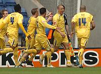 Photo: Leigh Quinnell.<br /> Leicester City v Preston North End. Coca Cola Championship. 15/04/2006. Prestons Jason Jarrett(second right) celebrates his goal.