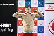 Boxen: Giants Professional Boxing, Session 3, Waage, Hamburg, 16.04.2021<br /> Kastriot Sopa (GER)<br /> © Torsten Helmke