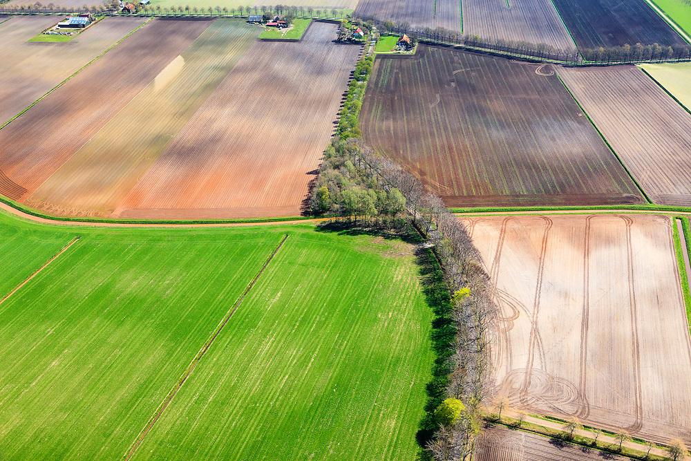 Nederland, Groningen, Gemeente Stadskanaal,  01-05-2013; Ontsweddde, omgeving van het gehucht Blekslag in de streek Westerwolde. Landerijen worden doorsnede door de beek Mussel-Aa. Ruilverkaveling.<br /> Division of contryside as a result of land consolidation. East Groningen (near German border).<br /> luchtfoto (toeslag op standard tarieven);<br /> aerial photo (additional fee required);<br /> copyright foto/photo Siebe Swart