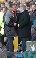 Fotball<br /> Foto: SBI/Digitalsport<br /> NORWAY ONLY<br /> <br /> Sheffield Wednesday v Brentford <br /> Coca Cola league one play off semi final, first round. 12/05/2005. <br /> <br /> Brentford boss Martin Allen shakes hands with Wednesday boss Paul Sturrock
