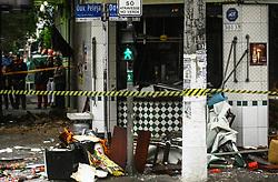 April 27, 2017 - Explosão ambiental em lanchonete na tarde desta quinta-feira (27), na Avenida Domingos de Moraes na Vila Mariana, deixa cinco pessoas feridas. (Credit Image: © Aloisio Mauricio/Fotoarena via ZUMA Press)