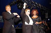 Barry Manilow,Sir Elton John and Gloria Gaynor. Sir Elton John's White Tie and Tiara Ball. Windsor, 28 June 2003. © Copyright Photograph by Dafydd Jones 66 Stockwell Park Rd. London SW9 0DA Tel 020 7733 0108 www.dafjones.com