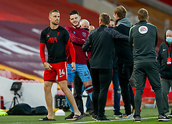 LIVERPOOL, ENGLAND - Saturday, October 31, 2020: Liverpool's captain Jordan Henderson and West Ham United's Declan Rice before the FA Premier League match between Liverpool FC and West Ham United FC at Anfield. The game was played behind closed doors due to the UK government's social distancing laws during the Coronavirus COVID-19 Pandemic. (Pic by Propaganda)