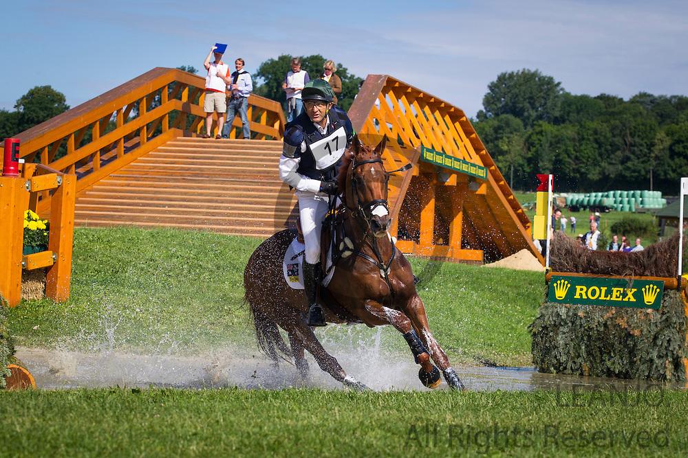 Bill Levett - Hippolyte<br /> World Equestrian Festival, CHIO Aachen 2012<br /> © DigiShots