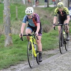 29-02-2020: Wielrennen: Omloop Nieuwsblad: Ninove: Marjolijn van het Geloof