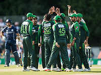 EDINBURGH, SCOTLAND - JUNE 12: The Pakistan team celebrate in the first of 2 Twenty20 Internationals at the Grange Cricket Club on June 12, 2018 in Edinburgh, Scotland. (Photo by MB Media/Getty Images)