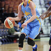 UNCASVILLE, CONNECTICUT- MAY 05:  Courtney Vandersloot #22 of the Chicago Sky in action during the Atlanta Dream Vs Chicago Sky preseason WNBA game at Mohegan Sun Arena on May 05, 2016 in Uncasville. (Photo by Tim Clayton/Corbis via Getty Images)
