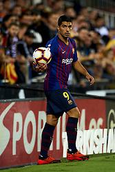 October 8, 2018 - Valencia, Valencia, Spain - Luis Suarez during the week 8 of La Liga match between Valencia CF and FC Barcelona at Mestalla Stadium in Valencia, Spain on October 7, 2018. (Credit Image: © Jose Breton/NurPhoto/ZUMA Press)