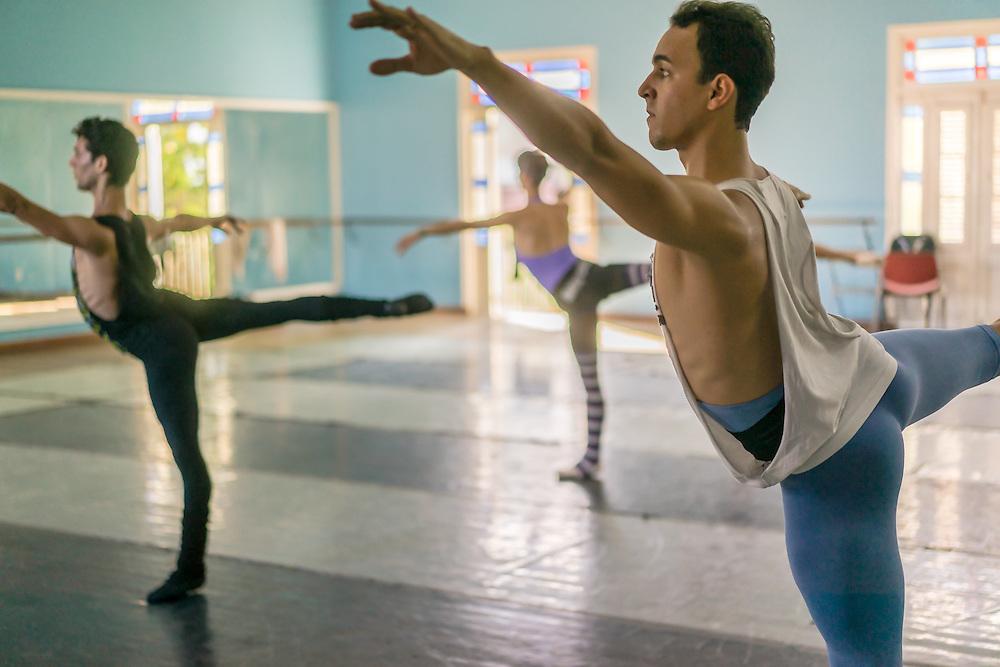 company class, Ballet Nacional de Cuba