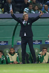 November 22, 2017 - Lisbon, Portugal - Sporting's head coach Jorge Jesus from Portugal gestures during the UEFA Champions League group D football match Sporting CP vs Olympiacos FC at Alvalade stadium in Lisbon, Portugal on November 22, 2017. (Credit Image: © Pedro Fiuza/NurPhoto via ZUMA Press)