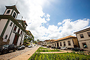 Santa Barbara_MG, Brasil.<br /> <br /> Centro historico de Santa Barbara, Minas Gerais. Na foto Matriz de Santa Antonio, ao fundo antiga cadeia.<br /> <br /> Santa Barbara, Minas Gerais. In this photo Santo Antonio Mother church, in the background the old jail.<br /> <br /> Foto: RODRIGO LIMA / NITRO